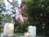 Niet alleen paarden kunnen hoog springen, wij ook!!
