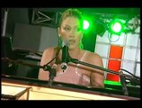 Delta Goodrem - Born to Try (Live @ Channel V)
