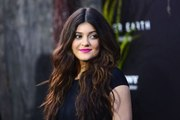 Kylie Jenner's new app soars past sisters' apps on iTunes charts