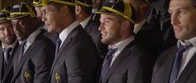 """VIDEO. Coupe du monde de rugby : accueil très """"british"""" pour le XV de France"""