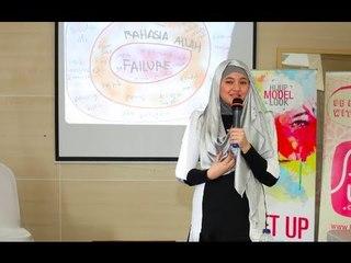 HijUp Model Look Day 2 | Beautiful Woman