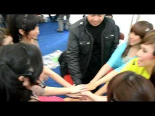 Cherrybelle | With Bow Vernon The Magician