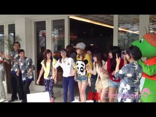 Cherrybelle at Haris Hotel Malang, Dance with hotel staff as daily dance session.