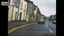 Range Rover 131-TN-377 Nenagh reserve garda nearly causes me to crash. Wrong way around roundabout