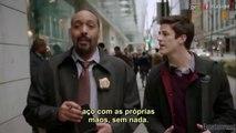 'The Flash' - Cena deletada | Referência ao 'Aquaman' no piloto - The Flash Brasil & Super Hero Brasil