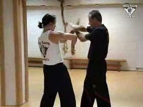 Wing Tsung - Chi-sao training 4