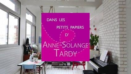 """Portrait d'Anne-Solange Tardy à l'occasion de la sortie de son livre """"Autour du papier"""""""