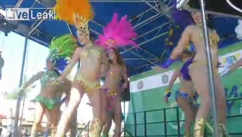 **SEXY SAMBA GIRLS** shake their HIPS = on stage = yowsa! =