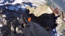 Saut en Wingsuit du haut des Alpes. Dingue!