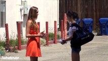 Caméra cachée : quand une jolie inconnue annonce à une fille que son copain la trompe