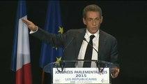 """""""J'ai un cœur, il bat à gauche"""" Sarkozy trouve """"insupportable"""" du débat sur les quotas de migrants"""