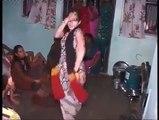 Munni Badnam Hui Darling Tery liye (Mast Dance)