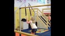 Elle va très vite changer de sport cette petite fille... Fini la gym