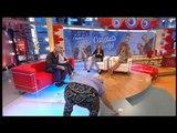 """TV3 - Divendres - El públic recull els bitllets que cauen al plató de """"Divendres"""""""