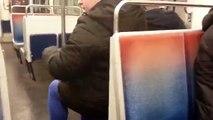 Métro parisien : un usager filme le métro qui circule portes ouvertes