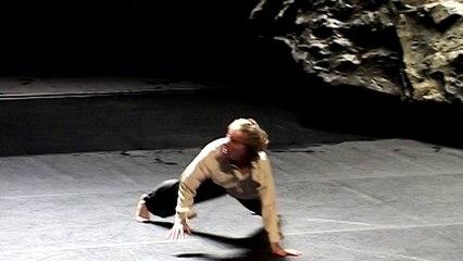 Vollmond (Full Moon) - Pina Bausch - Tanztheater Wuppertal
