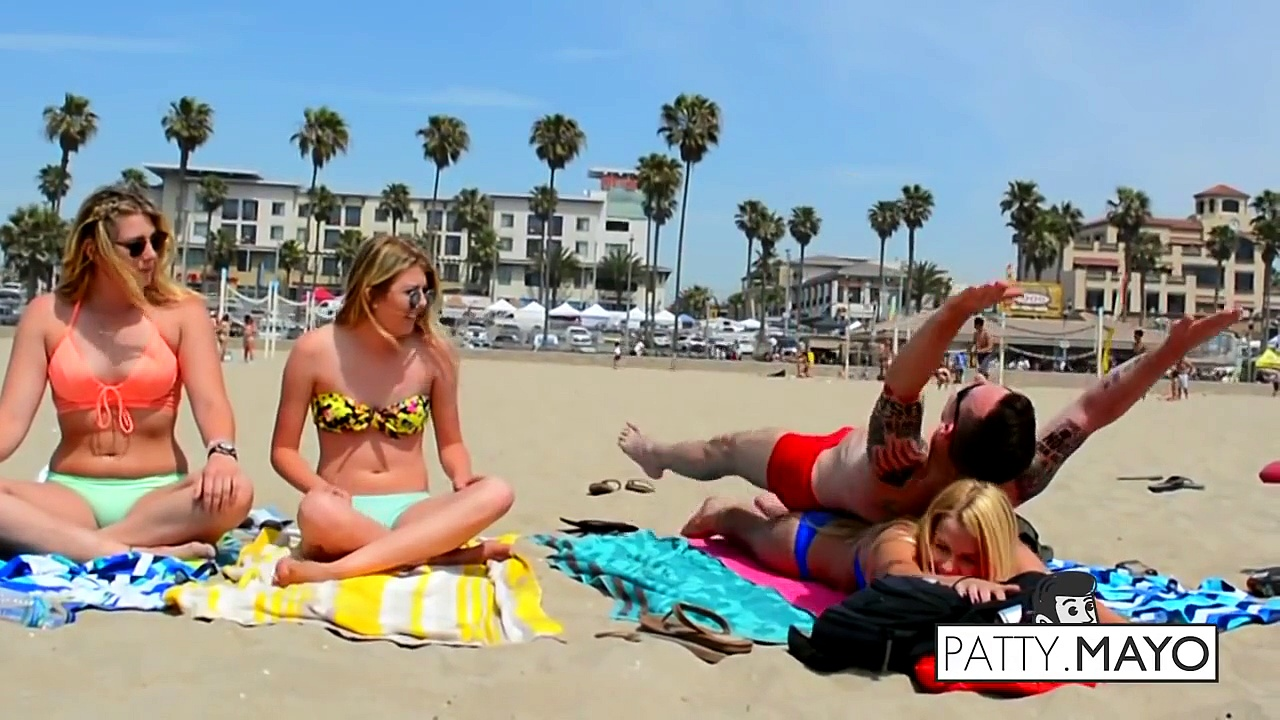 CUTE Girl Yoga Sessions (GONE CRAZY) ♦ Social Experiment ♦ Funny Videos ♦ Pranks 201