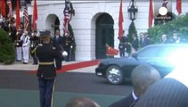 Chinese President Xi Jinping greeted on the South Lawn of the White House