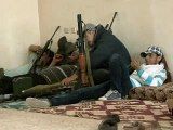 Libye: un fils Kadhafi tué, des ambassades cibles d'attaques à Tripoli