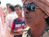 """Libye: le front Est rallumé, Kadhafi inflexible veut """"marcher"""" sur Benghazi"""