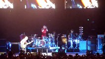 Red Hot Chili Peppers - throw away your television Live in Berlin,O2 World 04/12/2011