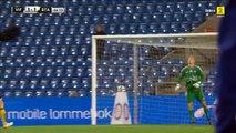 Un gardien norvégien marque d'un coup franc du milieu de terrain ! (IK Start - Håkon Opdal)
