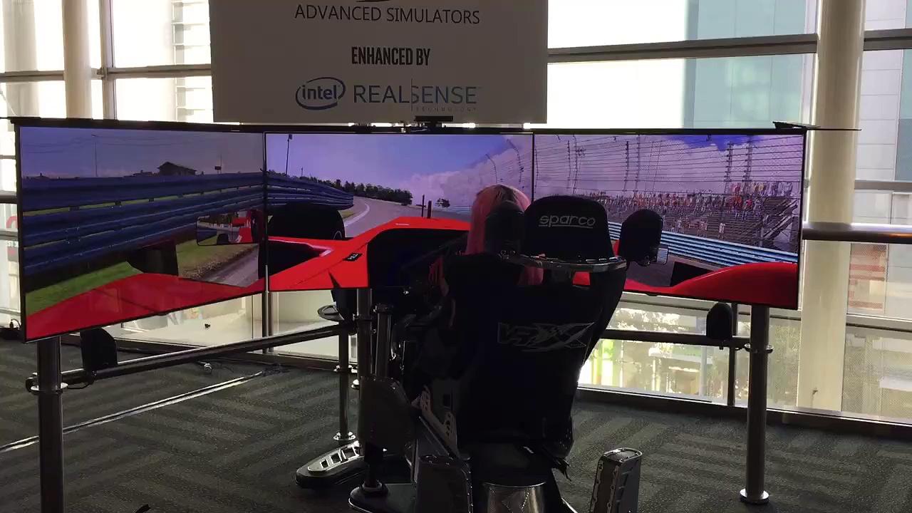 Advanced formula One Simulator at #twitchcon
