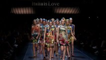 Vogue Fashion Week - Dolce & Gabbana Spring 2016 Ready-to-Wear