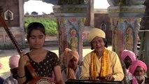 Yashomati Maiyya Se Bole - Satyam Shivam Sundaram - Bollywood Bajjans - Hindi Songs