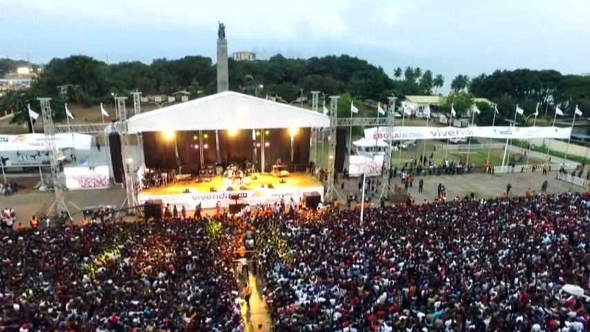Prestation de Deniz (Island Africa Talents) au Vivendi Festival Conakry