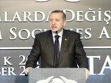 Génocide arménien: Erdogan hausse le ton et accuse la France de génocide