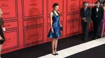 Miranda Kerr pose seins nus