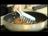 Receta e ditës- Bërxholla qingji me salcë të ëmbël- Ditë e Re-  30.09.15- Ora News