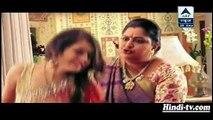 Meera Ko Pada Sasumaa Ka Thapad Saath Nibhaana Sathiya