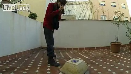 Trying to explode gunpowder with a powerful blue laser pointer