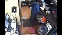 DISGUSTING CCTV Pizza Hut Employee Caught Peeing in SINK Pizza Hut Employee Urinating in S