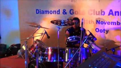 wedding sangeet-Gulabi Aankhein Jo Teri  by bearters drummer nikhil shah
