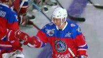 Vladimir Poutine fait du hockey sur glace pour son anniversaire