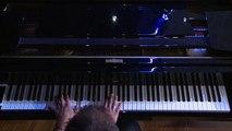 """""""Si seulement je pouvais lui manquer"""" reprise de Calogero avec Karim Medjebeur au piano"""