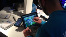 Démonstration d'un logiciel de graphisme avec le stylet de la Surface Pro 3 sous Windows 10