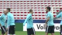 Foot - Amicaux - Bleus : Giroud doit marquer
