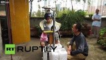 Un Chinois invente la machine à laver les cheveux