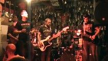 the strikes en concert a la mouffe