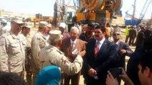 وزير الرى يتابع اعمال الحفر والتكريك وعبور مياه النيل اسفل قناة السويس أبريل 2015