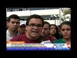 Estudiantes venezolanos exigen la liberación inmediata del líder juvenil chileno Felipe Cuevas