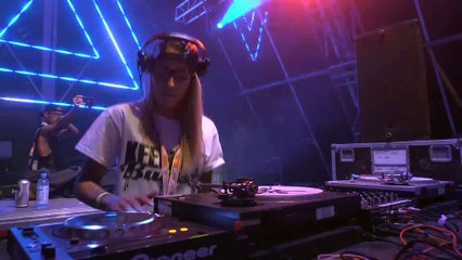 FLAVA D - Live at OUTLOOK 2015
