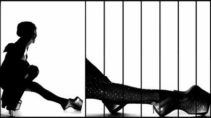 Daphne Guinness / Nick Knight / Noritaka Tatehana Heel-Less Shoes Fashion Film: Floating World