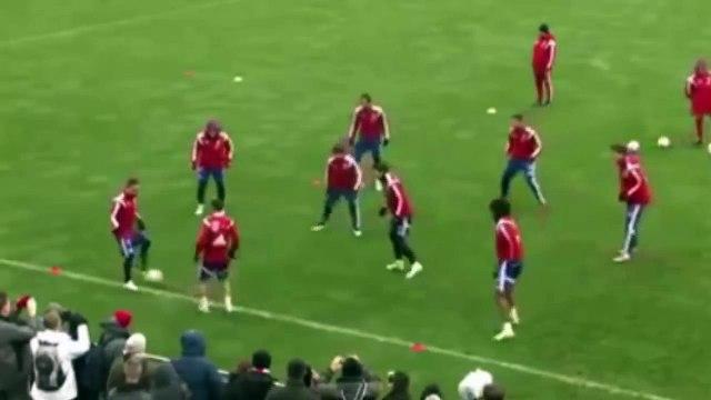 Astonishing! Bayern Munich players produce incredible Rondo session