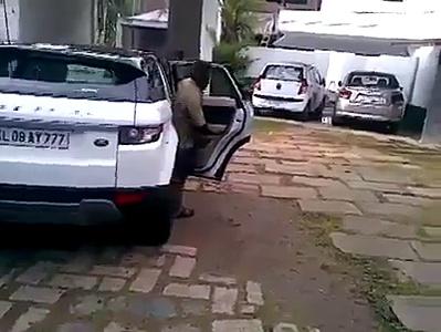 kid driving range rover