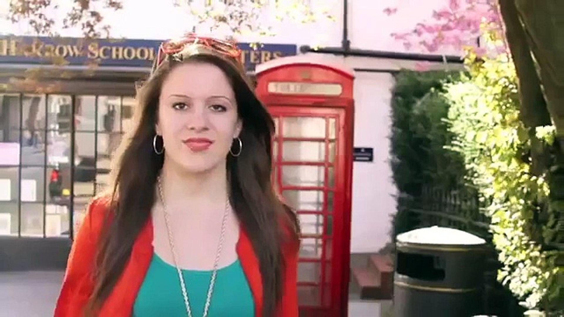 مواقف محرجة شاهد سقوط عارضات الأزياء 2016 فيديو Dailymotion